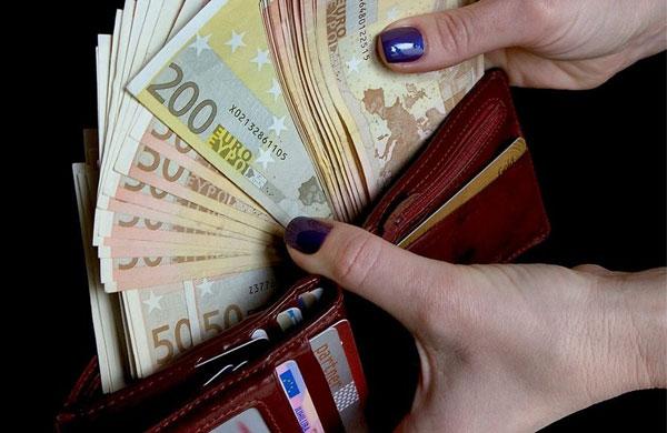 Вовтором квартале средняя заработная плата вЭстонии подросла до1242евро