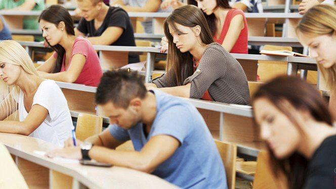 1496522930_est-li-stipendii-pri-kontraktnom-obuchenii-studenty