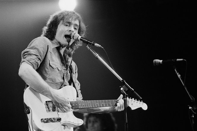 American musician Marty Balin performing with rock group Jefferson Starship, New York, USA, September 1978. (Photo by Michael Putland/Getty Images)